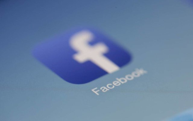 Online Networking | picture of Facebook icon